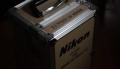 95新,带原厂铝木箱,原厂皮质前盖,尼康 AIS200,F2