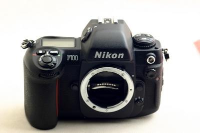 尼康F100胶片相机,请看图片!