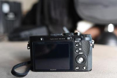 索尼RX1R 蔡司35 黑卡 全画幅卡片机