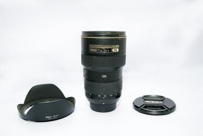 尼康d610机身、16-35F4超广镜头、70-300长焦、