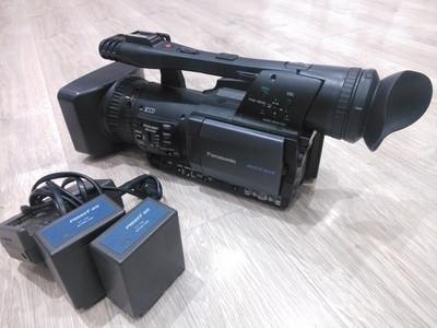 出售松下153高清摄像机、内存卡、三脚架、原厂电池三块、摄影