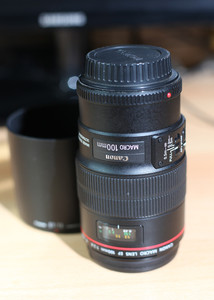 EF 100mm f/2.8L IS USM  新百微