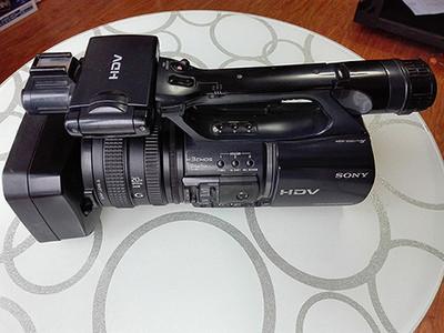 9成新索尼FX1000E高清摄像机4500元出售,个人使用,