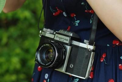 【高端摆设】Praktica FX2 腰平取景 胶片相机