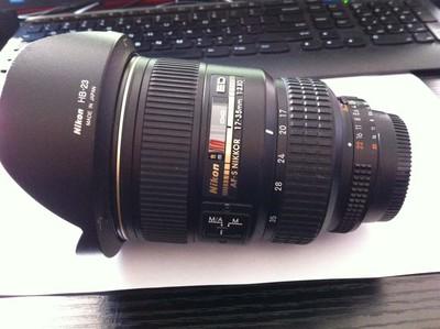 尼康AF-S   17-35mm广角镜头