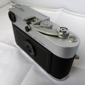 Leica/徕卡 MP 0.72 旁轴胶片相机 银色 箱说全