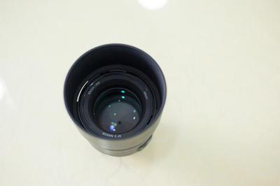 尼康85镜头 1.8G 出售1800 没有UV,有镜头袋子,
