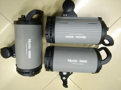 美图mettle 400W摄影灯,三只,请看图片!