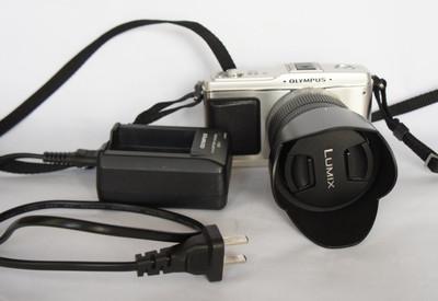 OLYMPUS噢林巴斯E-P1+松下14-42镜头数码套机