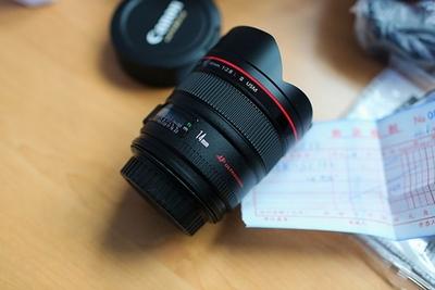 刚买来的,全新的镜头  佳能 Canon/佳能EF 14mm f/2.8L II USM佳能 14/
