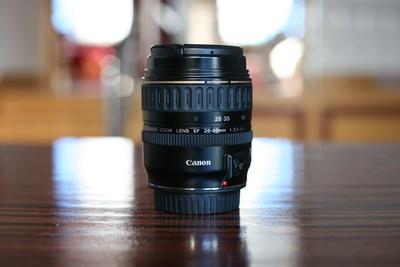 佳能EF28-80全幅镜头。