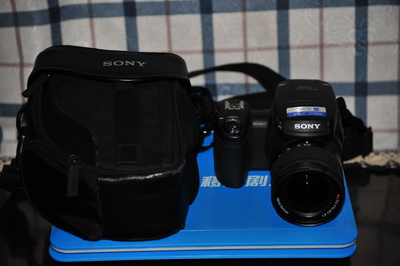 出售索尼DSC-R1型相机