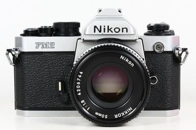 尼康 NIKON FM2 日产135胶片单反相机 + nikkor 50/1.8镜头 +马达