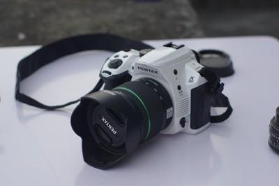 Pentax 宾得 K30 白色 宾得DA 18-55mm f/3.5-5.6 AL WR