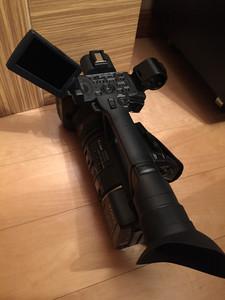 索尼HD摄录一体机AX2000E