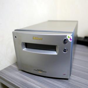 [吐血价]Nikon 顶级底片扫描仪 Coolscan 9000ED
