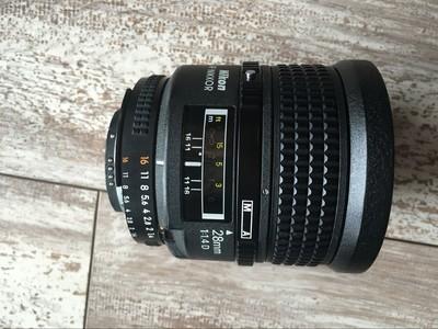 尼康 AF nikkor 28mm  1:1.4d
