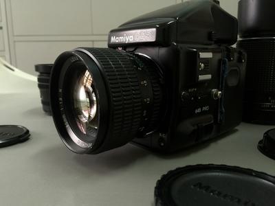 玛米亚mamiya645pro,中画幅胶片单反相机,一机四镜,可拆可套