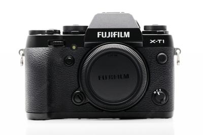 本店精品:Fujifilm/富士X-T1复古微单,国行在保 成色充新。