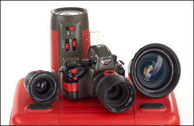 尼康 Nikon RS + 20-35/2.8 + 28/2.8 + 50/2.8 + 灯 未使用品