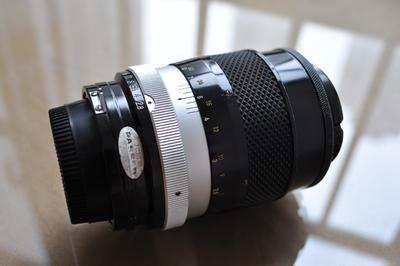 出售尼康auto 135 2.8手动镜头