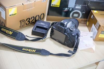 尼康 D3200+ 18-55套机 使用少 箱说齐全