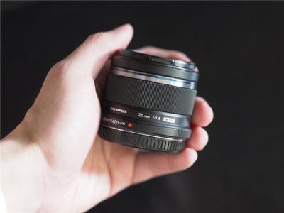 奥林巴斯 M.ZUIKO DIGITAL 25mm f/1.8