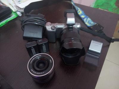 索尼NEX-5R带APP+套头E16-50+定焦E50-f1.8