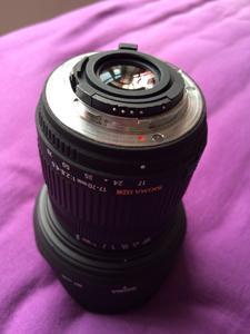 广角大光圈镜头适马17-70mm\f2.8-4.5