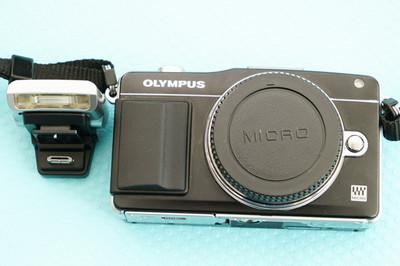奥林巴斯Olympus E-PM2 微单相机,含原装闪灯