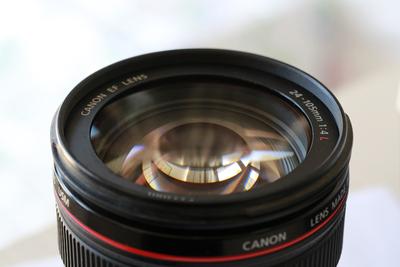 自用佳能5D3套机头,24-105,因升级镜头出售