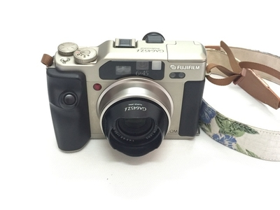 富士大徕卡GA645Zi香槟金色55-90mm 自动中画幅胶片旁轴相机