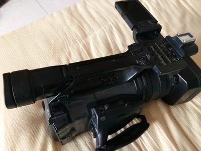 索尼 DCR-VX2200E