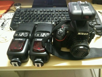 尼康 D810 99新,501.8d,神牛v860两只,神牛x1引闪和接收器x2