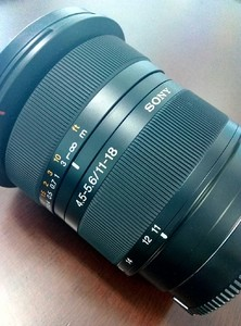 索尼 DT 11-18mm f/4.5-5.6(SAL1118)