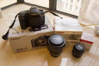Canon佳能EOS 7D带两个镜头,盒子配件齐全