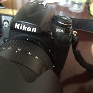 尼康 D300S、17-55F/2.8、思锐三脚架、卡塔摄影包套出。