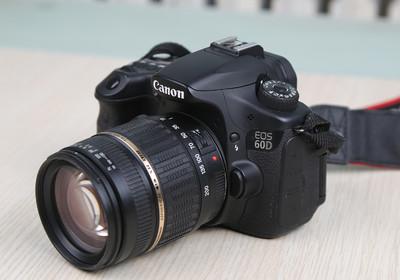 出售佳能60D单反相机配18-200镜头