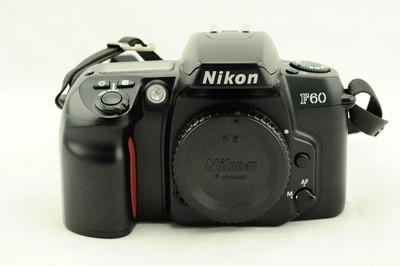 二手尼康F60  经典135胶片相机 自动胶片 单机身 不含镜头、电池