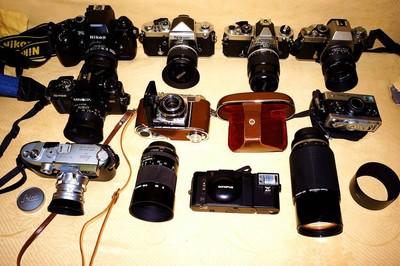 清理旧机器 性能良好,Nikon F2,CONTAX,LIECA,等看图。