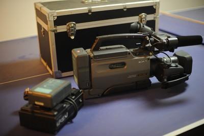 索尼 DSR-250P
