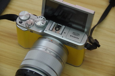 富士X-A2 套机 16-50mm 微单 旋转屏 支持自拍