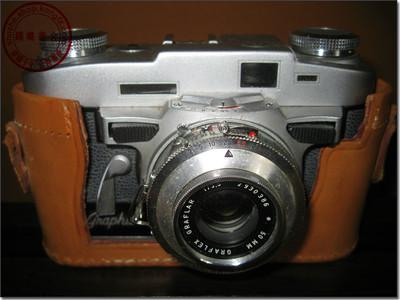Graflex  Graphic 35型旁轴照相机,美、德两国联合制造。