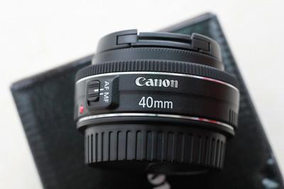 佳能 EF 40mm f/2.8 STM仅支持置换三脚架或广角镜头,差价可补。