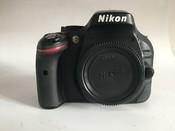 99新尼康 D5200套机含18-55 VR镜头