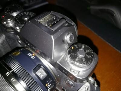 自用碳晶灰版富士XT1带原装手柄