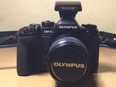奥林巴斯 E-M1+原厂变焦镜头12-50mm