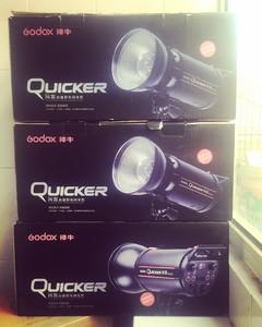 神牛闪客600W、400W高速摄影灯闪光灯影棚灯