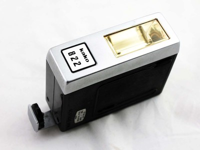 Kako 822  闪光灯 只可以手动机使用