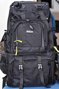 尼康原装限量版摄影背囊一套。